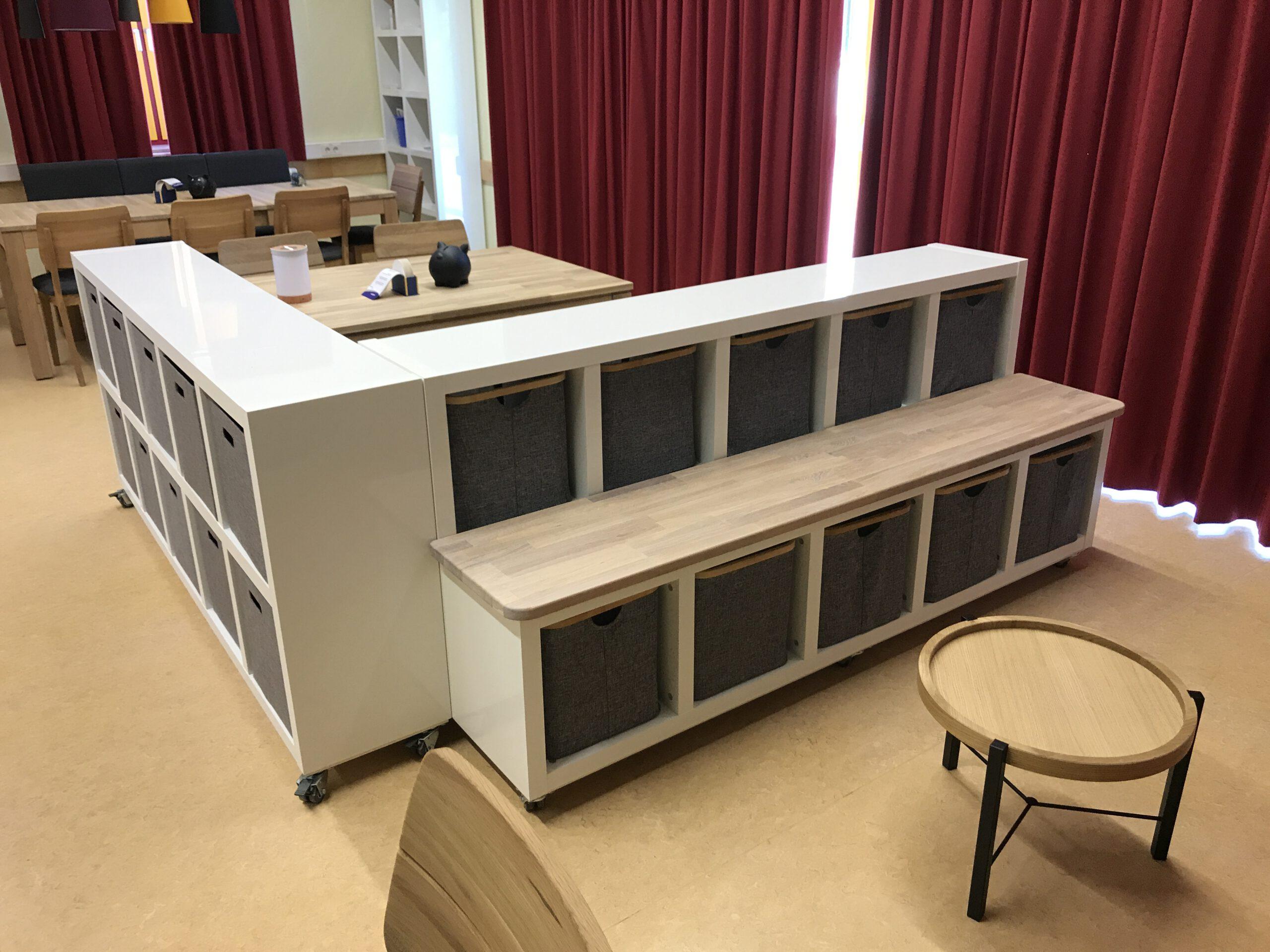 Schreinerei Hagmeier spendet   Material und den Umbau für die rollbaren Raumteiler - DANKE!